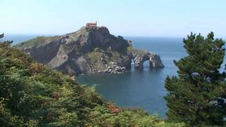 preview picture of video 'Basque Coast and Gernika (Traveline Basque Country and Navarre)'