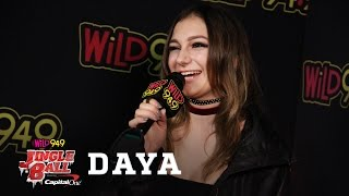 """Daya Talks """"Sit Still, Look Pretty"""", Her Relationship With Her Dog and More!"""