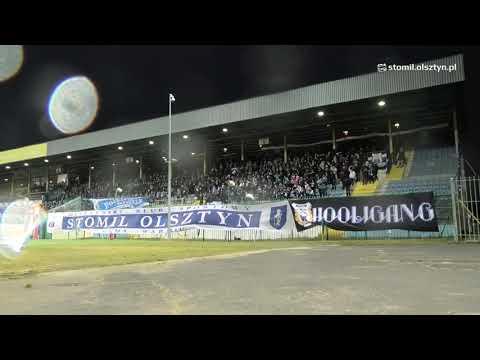 Doping kibiców Stomilu Olsztyn w meczu z Odra Opole