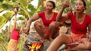 Banana flower grilled on clay for food In the jungle - Cooking banana flower eating delicious #50