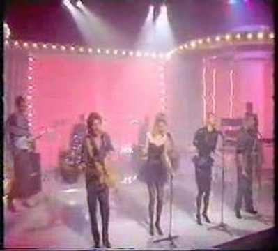 Bucks Fizz - Love In A World Gone Mad