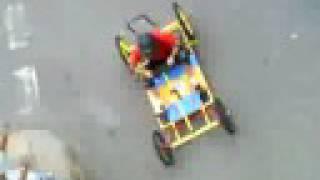 preview picture of video 'Derrape auto loco borriol'