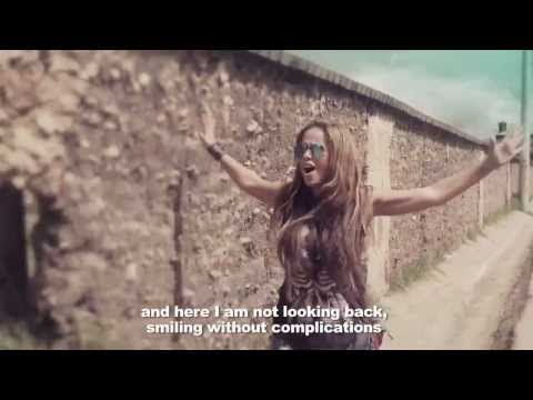 Fatiniza - Aqui Voy Official Video