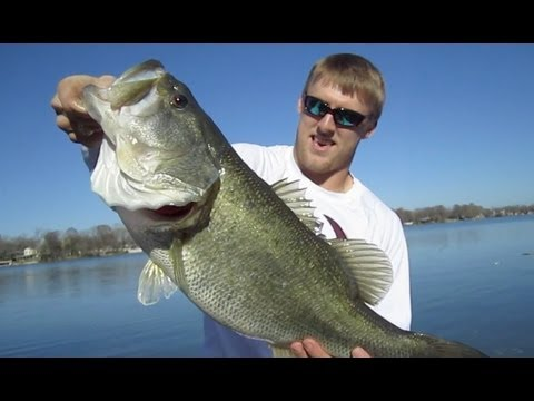 Catching Huge Bass with Ryan Swope