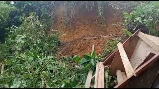VIDEO: Tiga Rumah Warga Abdya Tertimpa Tanah Longsor