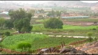 preview picture of video 'al -yemen muris moris     امطار - صور من اليمن - مريس - اب - جبال'