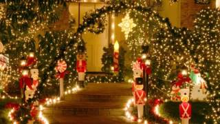 "Johnny Mathis ~  "" It's Beginning To Look A Lot Like Christmas ""⛄ 🎅🎄 1986"