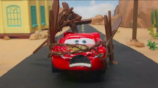 LIGHTNING MCQUEEN Caught Speeding & SHERIFF MISS FRITTER Team Up In FLORIDA SPEEDWAY OBSTACLE COURSE