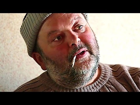 LES PIEDS SUR LA TERRE Bande Annonce (Documentaire de Société - 2017)
