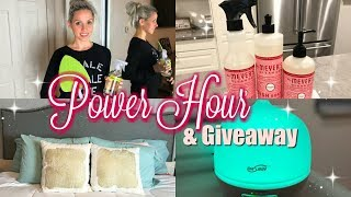CLEAN WITH ME 2017// EXTREME CLEANING MOTIIVATION// POWER HOUR + GIVEAWAY!