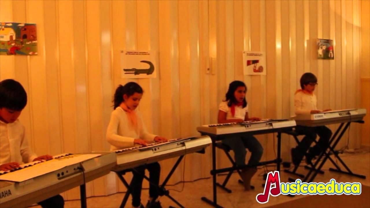 Una danza renacentista - Grupo de alumnos de Mi Teclado 3 - Escuela de música Francisco Jurao