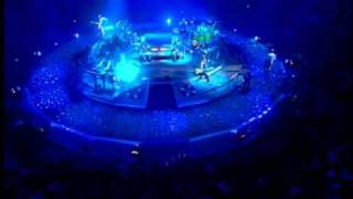 Phil Collins - Another Day In Paradise  / Live and loose in Paris /