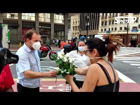 Vigília em frente à Prefeitura dos Trabalhadores(as) da Educação em Greve Pela Vida