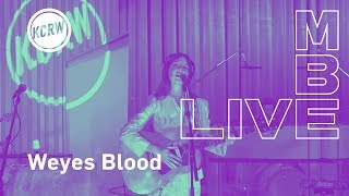 """Weyes Blood performing """"Wild Time"""" live on KCRW"""