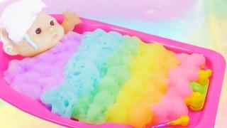 Куклы Пупсики купаются в Цветной Пене Baby Doll Colors Bubble Bath
