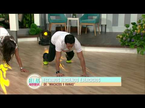 El ejercicio la chapa para el adelgazamiento de las manos