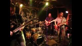 Video ABNORMAL BAND live - Kruté město (In the Hard City)