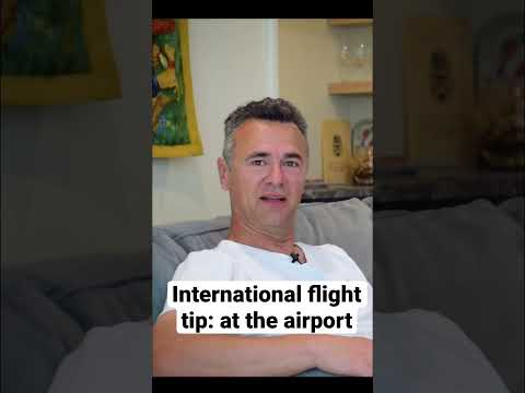 International Flights: Easy Hack to Avoid Stress at the Airport #shorts