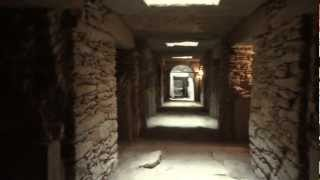 preview picture of video 'Walk inside Mausoleum in Northern Stelae Field, Axum Ethiopia'