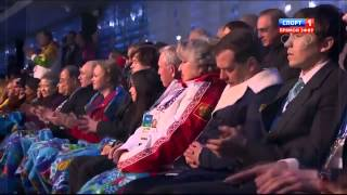 Medvedev sleeps at the olympic games 2014
