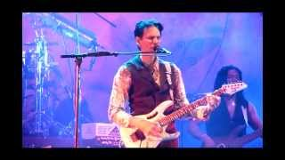Steve Vai - The Moon and I [live 2012]
