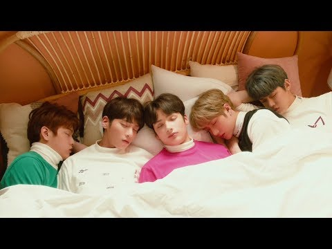 TXT (투모로우바이투게더) Cat & Dog Official Teaser (멍 version)