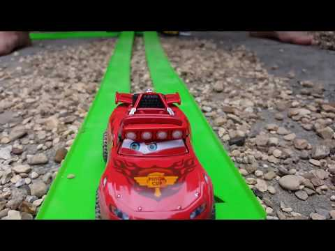 Disney Cars Pixar Lightning Mcqueen Radiator Springs Racers 500 Off-Road Rally Race