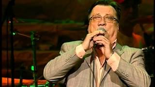 Halid Beslic - I zanesen tom ljepotom - Pamtit cu te - (Live) - (Arena Zagreb 2009)