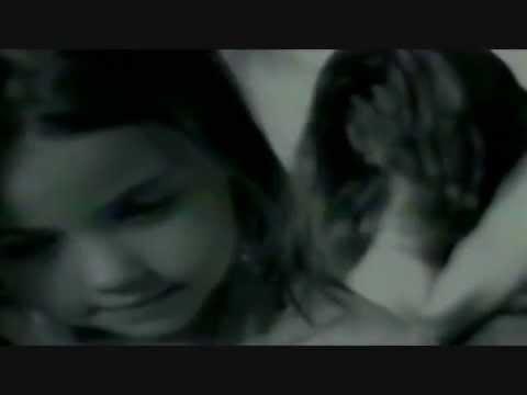 Ricky Martin - A Medio Vivir (Vídeo Musical)