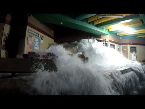 Earthquake - The Big One, Universal Studios Hollywood, Backlot Studio Tram Tour, POV HD 1080p