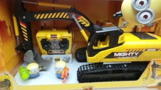 Fireman Sam Drives the Remote Control Dickie Toys Caterpillar Mighty Excavator Toy