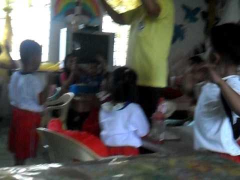 Pahid kuko halamang-singaw na may yodo