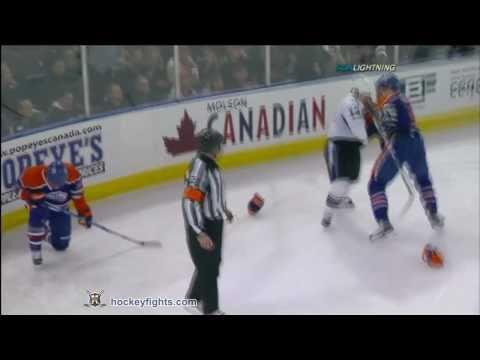 Dustin Penner vs. Pavel Kubina