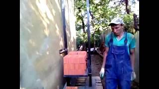 Самодельный подъемник для строительных материалов. Видео от Василия.