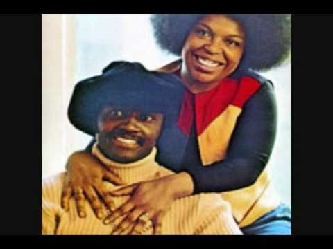 , title : 'Roberta Flack ft. Donny Hathaway - The Closer I Get To You'