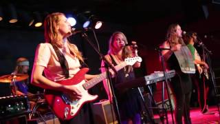 Misses Bitches 2015-10-10 The Haunt - Daggermouth 1080p