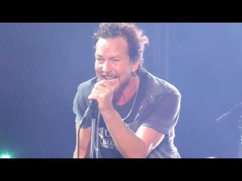 """Pearl Jam """"Jeremy"""" Wrigley 2  8/22/16 HD"""