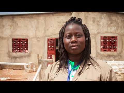 Des jeunes apprentis du secteur de la construction au Burkina Faso racontent leur parcours. Le témoignage de Clementine
