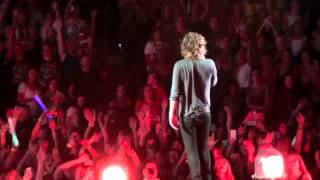 One Direction - Liam&Harry talk + Why Don't We Go There - Tulsa OK - September 23, 2014
