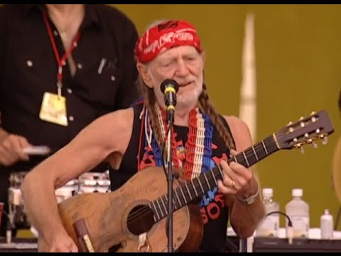 Willie Nelson - Mama Don't Let Your Babies Grow Up To Be Cowboys - 7/25/1999 (Official)
