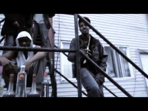 Bee Lee the M.C. ft Topp Notch- Cash Move [Official Music Video] #GetUgLee