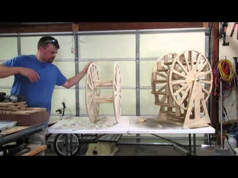 Wiele Wood Works Cupcake Ferris Wheel assembly