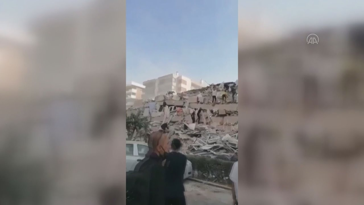 Καταρρεύσεις κτηρίων και εγκλωβισμένοι στη Σμύρνη μετά τον σεισμό στη Σάμο