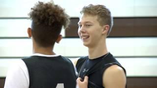 Stonington boys basketball shares the rare gift of team unity