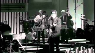 "Roy Orbison - ""Leah"" from Black and White Night"