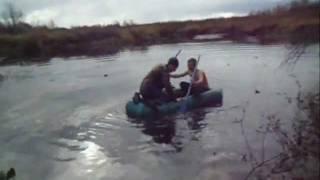 Падал от смеха))Угарное видео падения с деревом в