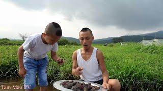Ốc Sên Xào Xả Ớt - Món Ăn Kinh Dị Của Anh Em Tam Mao