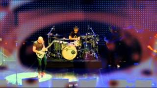JOE SATRIANI LIVE IN PARIS Part 2 With Corrected Audio!