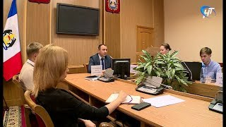 Московские чиновники научили новгородских бизнесменов работать с закупками малого объема