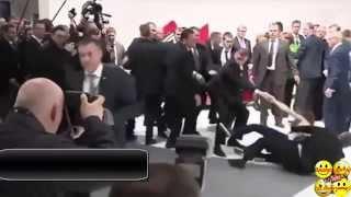 Жесткая работа охраны Путина